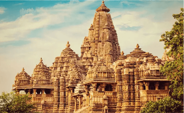 GOLDEN TRIANGLE TOUR WITH ORCHHA, KHAJURAHO & VARANASI PICTURE