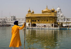 7 NIGHTS 8 DAYS GOLDEN TRIANGLE TOUR WITH AMRITSAR GOLDEN TEMPLE