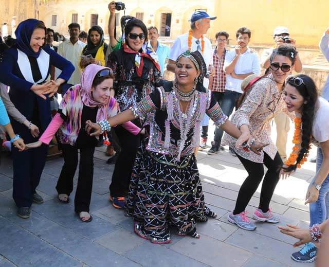 Traveler Enjoyed Rajasthani Folk Dance on World Tourism Day