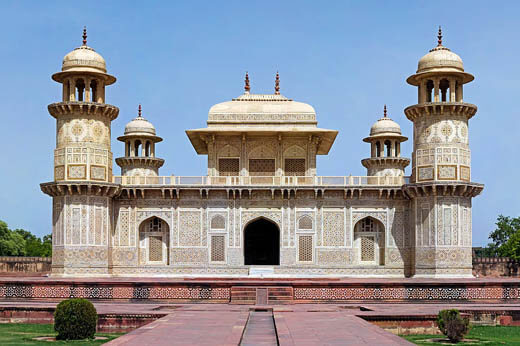 Itmad ud Daula, Agra.
